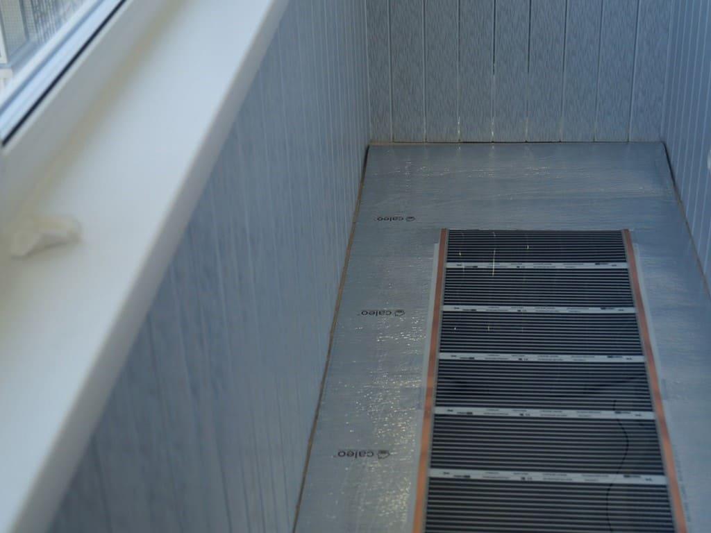 Остекление балкона в панельном доме