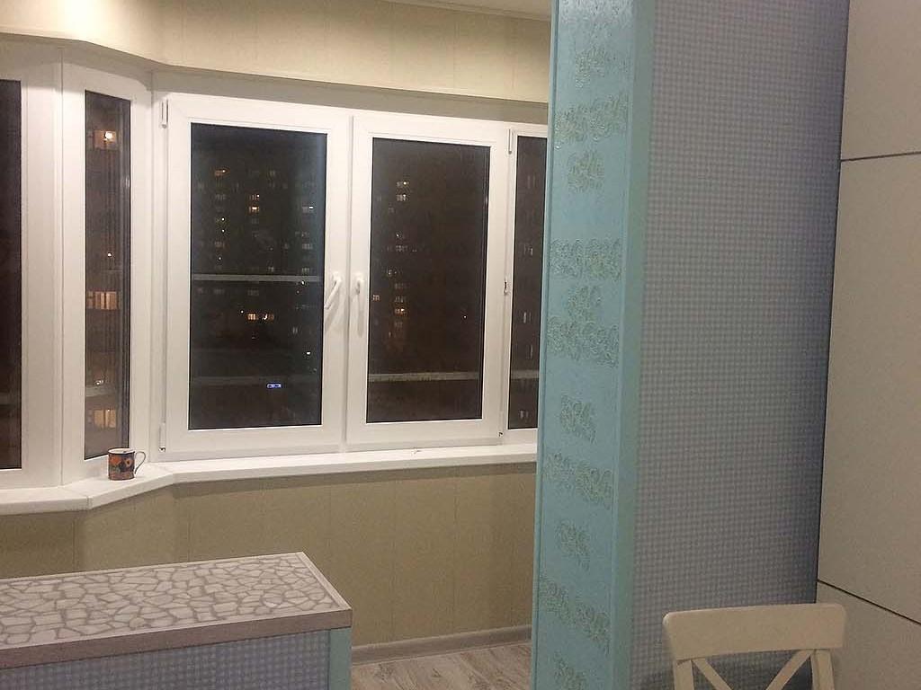 объединение балкона с комнатой остекление балкона